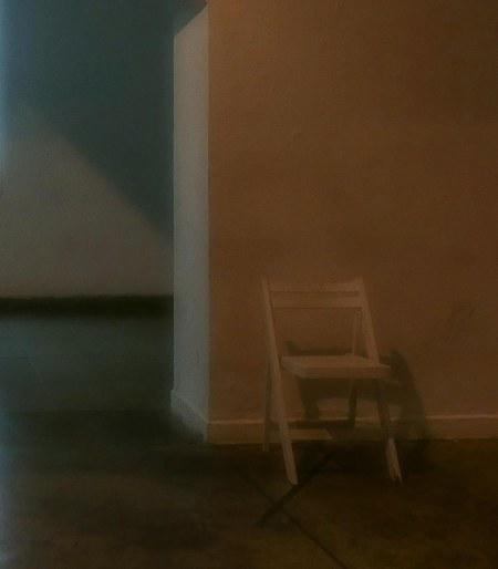 320.silla y luz