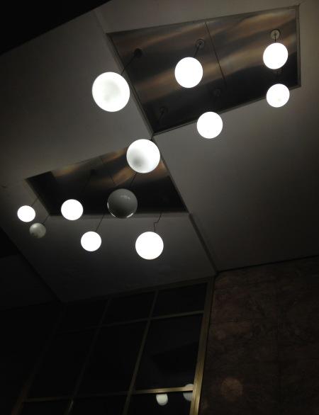 99.bolas de luz