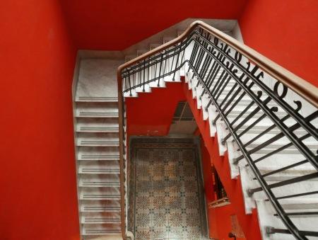 430.escalera roja cabello