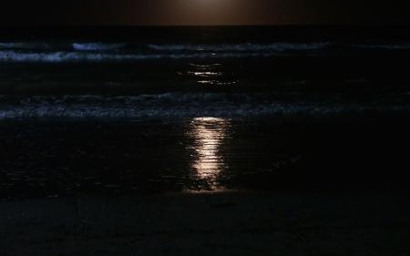S85.SC noct reflejo luna mar 2-3