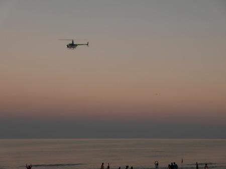 S424.SC helicóptero atardecer